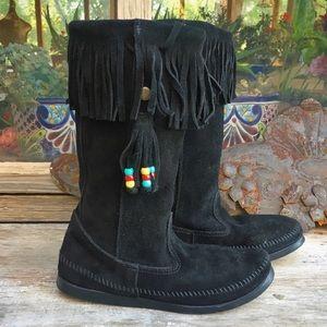Minnetonka Moccasins Suede Fringe Beads Boots